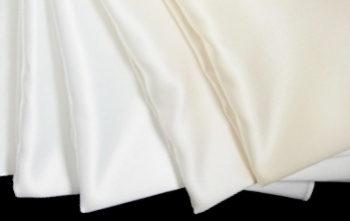 パーソナルカラーのホワイトドレープ