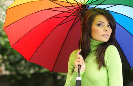 身近なカラーセラピー: カラーに視点をおいて見ると、 自分を取り巻くカラーの動きが見えてきます